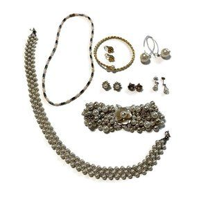 Jewelry - Faux pearl theme wearable craft harvest lot